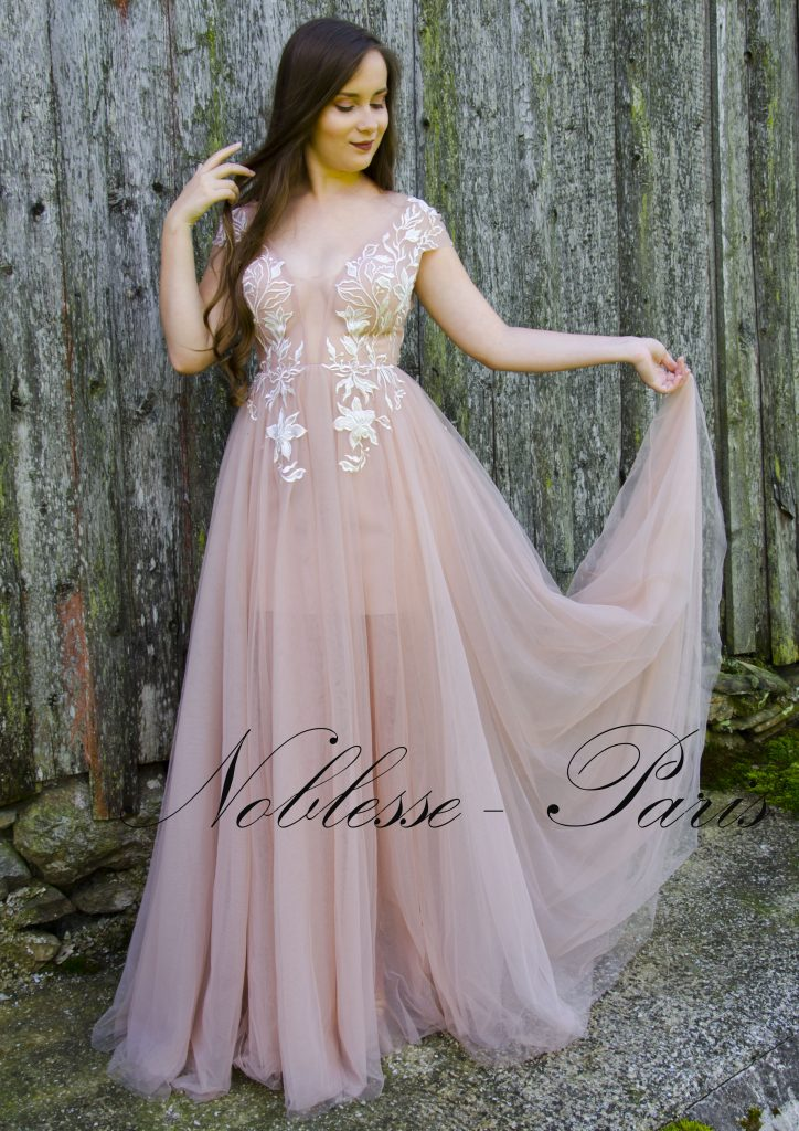 ffa7c97e2c4c Společenské šaty – Noblesse Paris